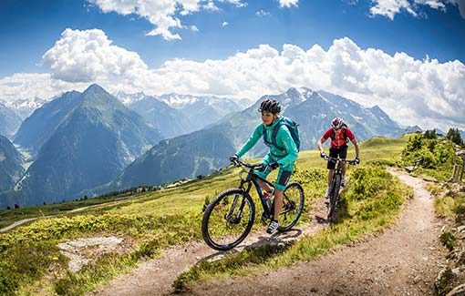 Mountainbiken-E-Bike-Leihen-Ladestationen-Biketouren